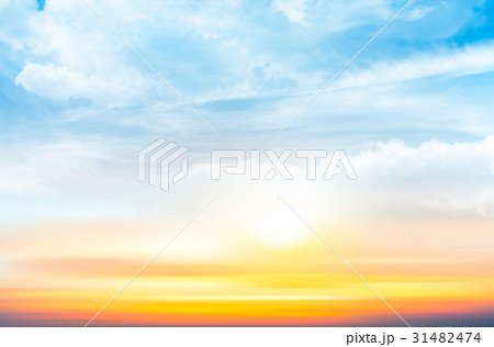 Sunset sky background with transparent clouds 31482474