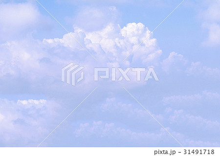 Clear blue sky background 31491718