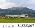 寒風山 列車 山の写真 31535807