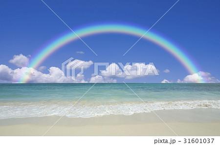 ビーチと波と雲と虹 31601037