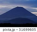 精進湖の朝富士 31699605