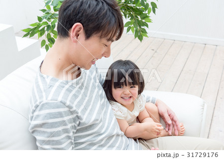パパと娘、イクメン 31729176