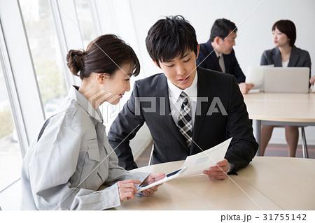 打合せ ビジネスイメージ  31755142