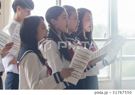 合唱の練習風景 31767550
