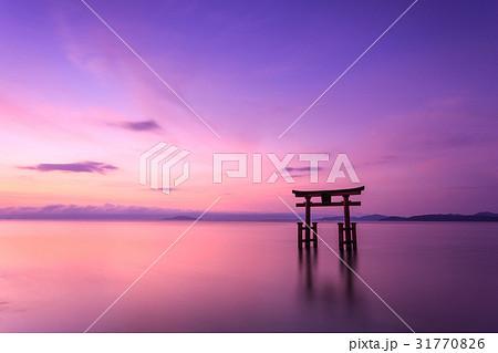 琵琶湖 朝焼け 31770826