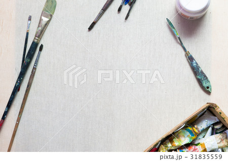 Oil paints, brushes, canvas. Painting backgroundの写真素材 [31835559] - PIXTA