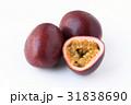 パッションフルーツ 果物 トロピカルフルーツの写真 31838690