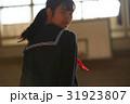体育館 放課後 女子生徒 ポートレート 31923807