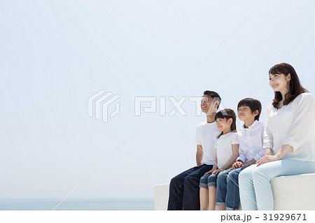 家族イメージ 白壁 31929671