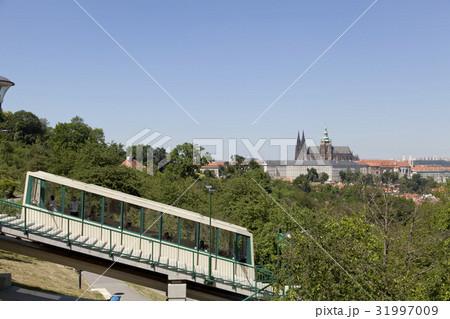 プラハ ケーブルカーとプラハ城 31997009