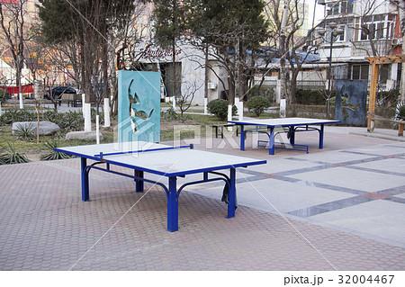 北京市内の風景:公園にある卓球台 32004467
