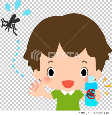 虫よけスプレーを持った男の子と蚊 32069446
