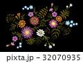 刺しゅう 刺繍 パターンのイラスト 32070935
