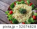 サラダラーメン 冷やしラーメン 夏野菜の写真 32074828