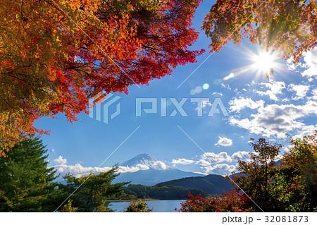 富士山 紅葉シーズン 32081873