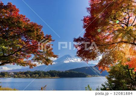 富士山 紅葉シーズン 32081884