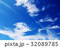 梅雨空の晴れ 32089785