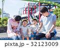 保育園、幼稚園、遠足、テーマパーク、遊園地 32123009