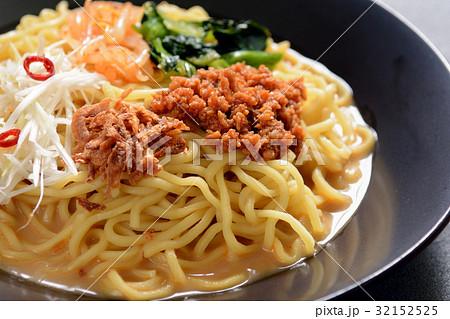 おいしい冷やし担々麺 32152525