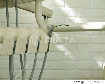 DENTAL INSTRUMENT: IRRIGATION WATER NOZZLEの写真素材 [32175828] - PIXTA