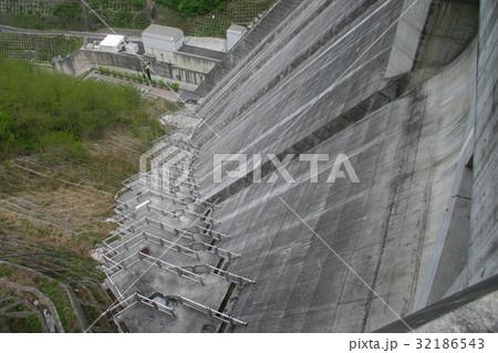 浦山ダム 32186543