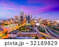 ハイウェイ 高速道路 都市の写真 32189829
