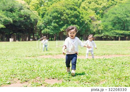 子供と公園 32208330