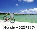 真夏の海と自転車 32272674