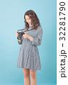 若い 女性 人物の写真 32281790