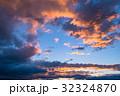 夕暮れの空模様 32324870