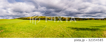 summer green field panorama 32354585