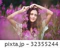 花 女性 女の子の写真 32355244