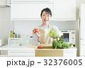 主婦 野菜 32376005