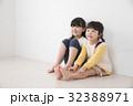 姉妹 女の子 子供の写真 32388971