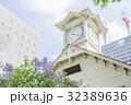ライラックと札幌時計台のアウトフォーカス 32389636