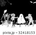 ハロウィンの仮装行列 32418153
