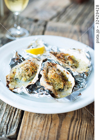 Baked Oysters 32429428