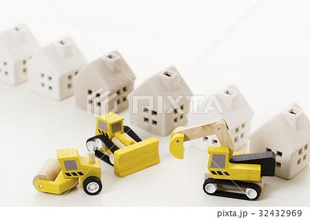 建設 建築 工事 土木 工事現場 街 都市 32432969