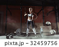 スポーツジム ボディービルダー フィットネスの写真 32459756