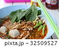 タイの屋台料理(ヌードル) 32509527