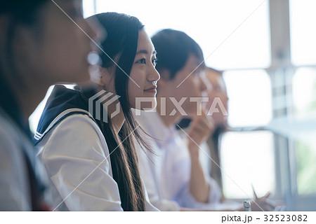 高校生 授業風景 32523082