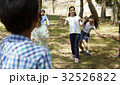 林間学校 遊んでいる小学生 32526822