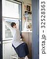 人物 女性 カフェの写真 32528363