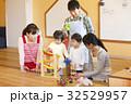 託児所 子供 遊びの写真 32529957