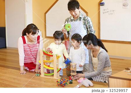 託児所、保育士、保育園、幼稚園、保育所、認可保育園 撮影協力・RYOZAN PARK大塚 32529957