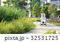介護 車椅子 シニア夫婦 32531725
