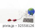電気自動車 エコカー 太陽光発電の写真 32558126