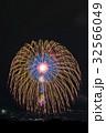 花火と夜景 32566049