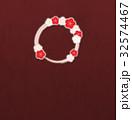 花 フレーム 輪のイラスト 32574467