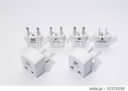 電源変換アダプター 32579190